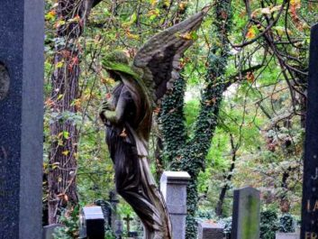 Angel headstone Prague