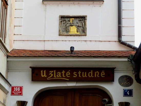 House at the Golden Well in Malá Strana