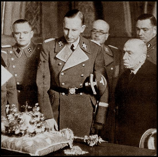 Heydrich with the Bohemian Crown